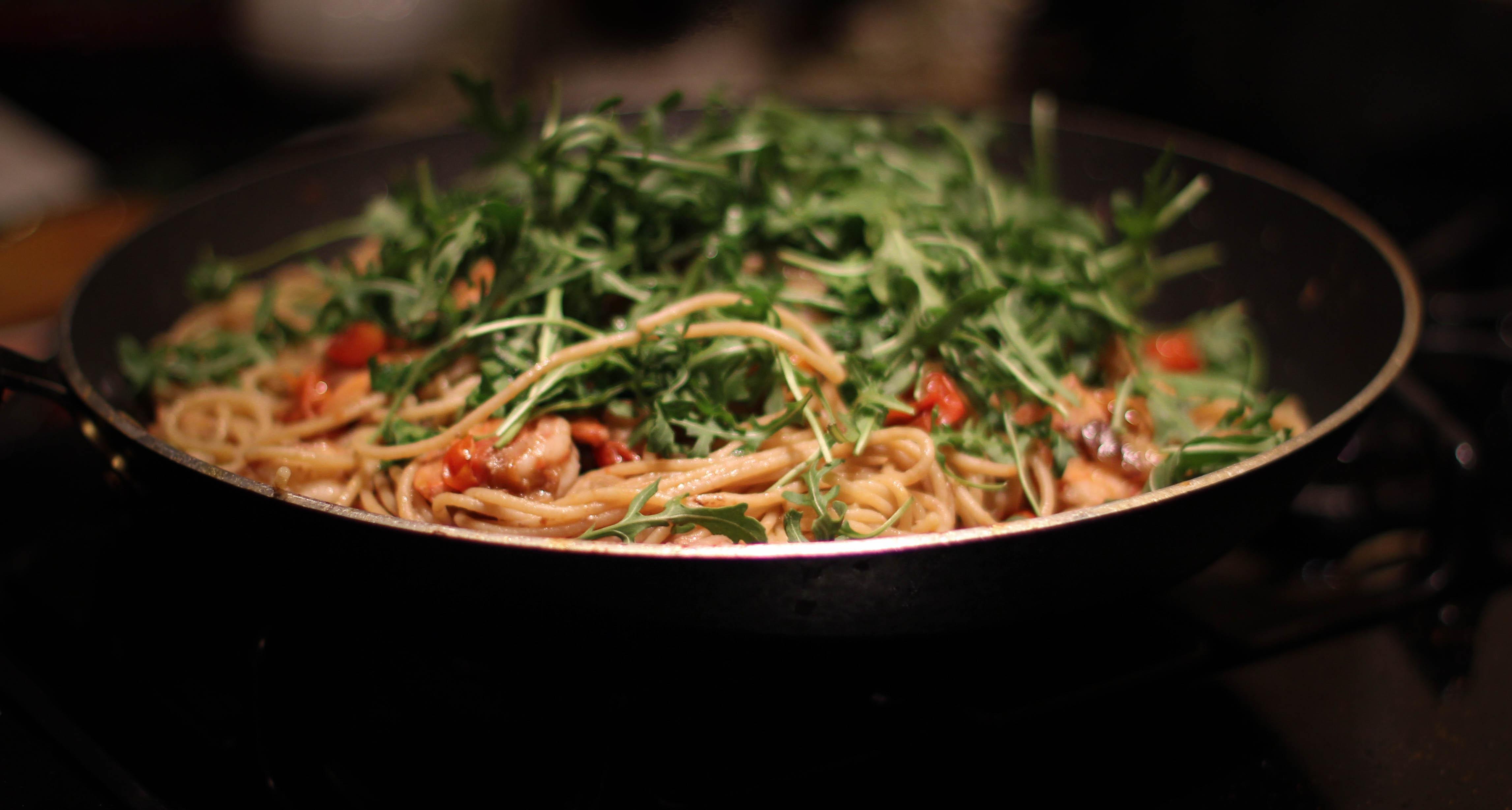 Shrimp and Arugula Pasta